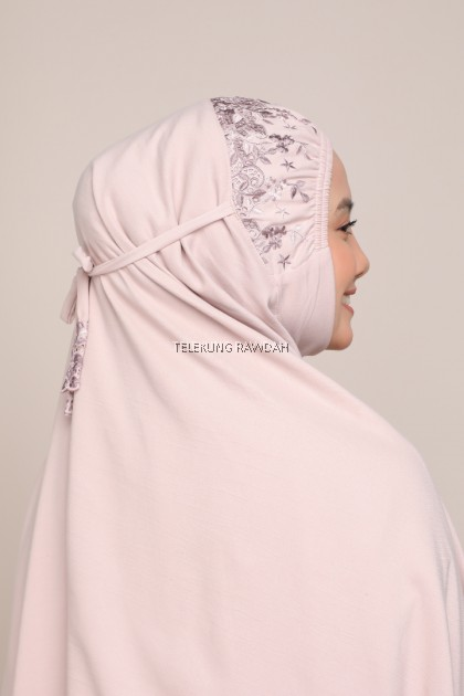 Dahlia Series in Rosy Brown